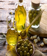Benefits of Olives for Skin & Hair