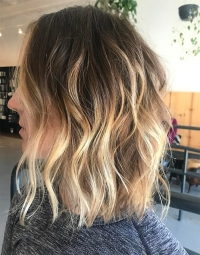 Wavy Mid-Length Chic Hairstyles 2018