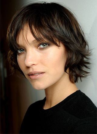 layer look with short ultra textured hair 2016